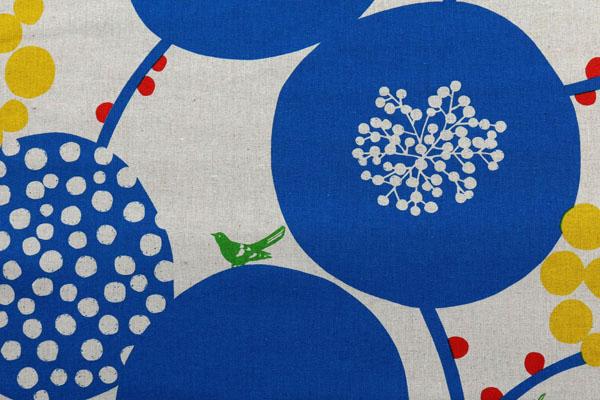 ハーフリネンキャンバス エチノ Bigberry(水玉とベリー) ブルー系