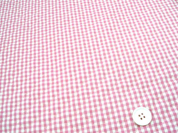 ギンガムチェックのキルティング生地(キルト生地)3mm かわいいピンク色(1171-60)