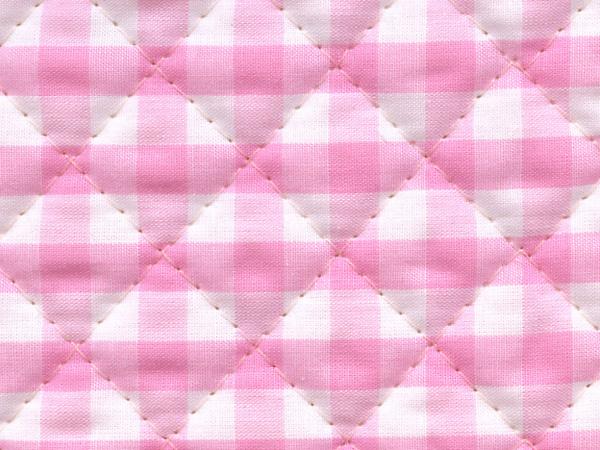ギンガムチェックのキルティング生地(キルト生地)6mm かわいいピンク色(1171-69)