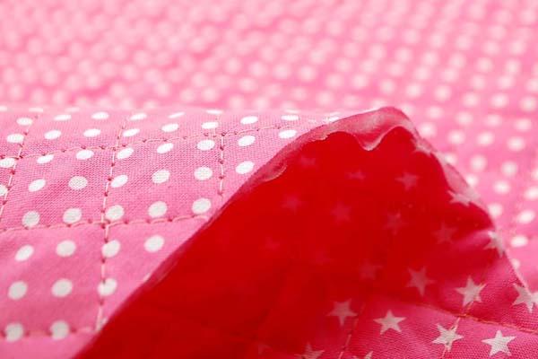 リバーシブルキルティング 水玉と星のスケアープリント ピンク