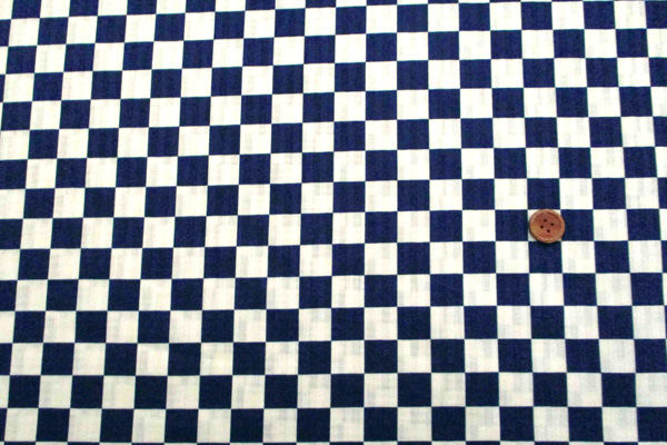 有輪商店の コットンシーチング 花舞物語 蝶の柄 濃いピンク