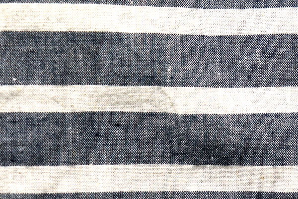 ワッシャー加工の綿麻ボーダー生地
