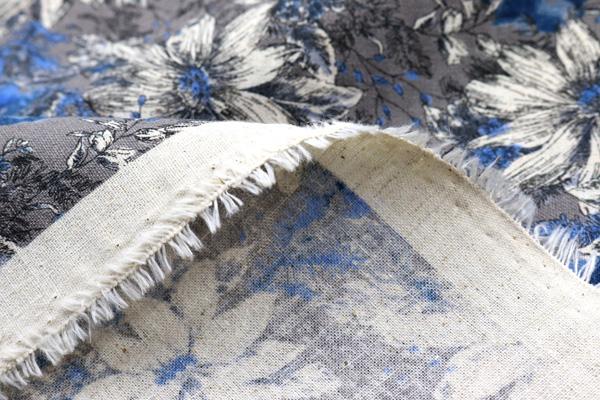 エンジェルソフト加工 綿麻シーチングプリント 北欧の花 黄色の花弁