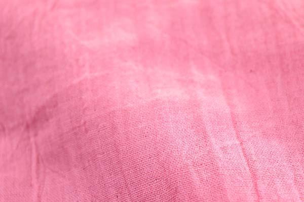 ワッシャー加工のダブルガーゼ ピンク