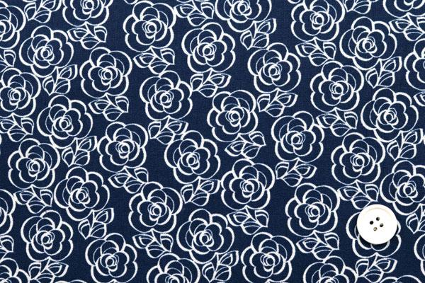 有輪商店の 綿麻キャンバス フラワープリント オフ地×青の花