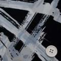 強撚コットンガーゼプリント生地  線柄 黒地×オフ白 (4141-58)
