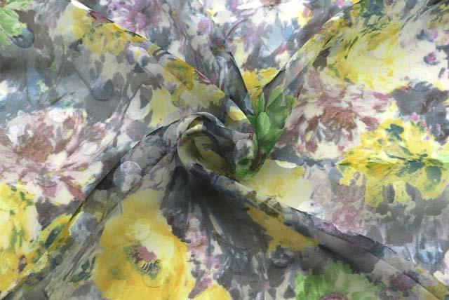 ドッドジャガードボイルプリント服地 花柄 グレー系 【50cm単位】 (4146-52)