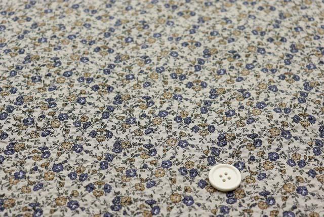 綿80ローンミラクルウエーブプリント生地  小花柄 グレイベージュ (4146-77)