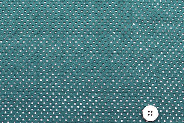 コットンローンメッシュレース生地 (ニット生地ではありません) エメラルドグリーン 【50cm単位】 《値下げ》 (4154-16)