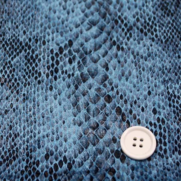 1WAYのベロアニット スネーク ブルー