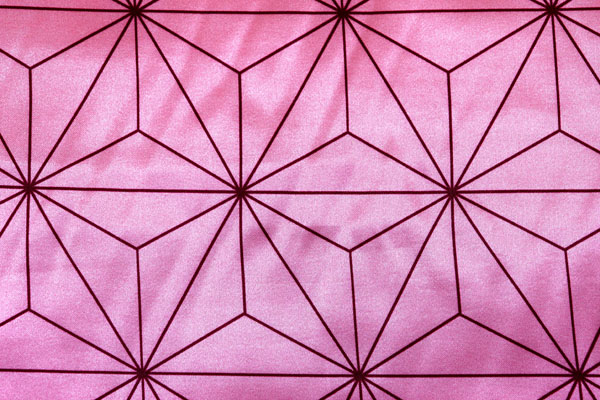 人気の和柄 ダブル巾(140cm)のサテンプリント 麻の葉柄 くすんだピンク