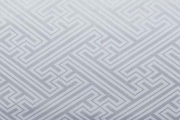 よさこいや舞台衣装に最適な 光沢感のある素材 ポリエステルジャガード 紗綾形 白
