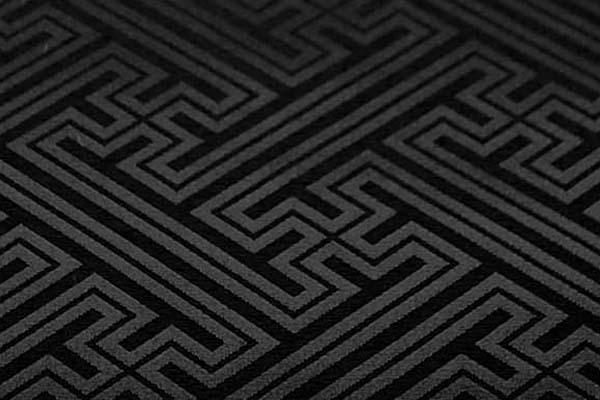 よさこいや舞台衣装に最適な 光沢感のある素材 ポリエステルジャガード 紗綾形 黒