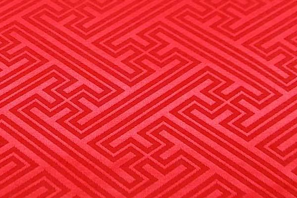 よさこいや舞台衣装に最適な 光沢感のある素材 ポリエステルジャガード 紗綾形 赤