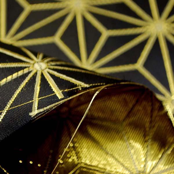 よさこいや舞台衣装に最適な 光沢感のある素材 ラメ入りジャガード 麻の葉柄 黒地にゴールド