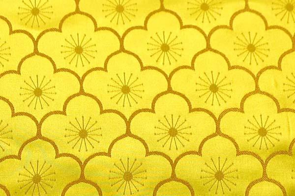 サテンジャガード 梅の柄 ゴールド