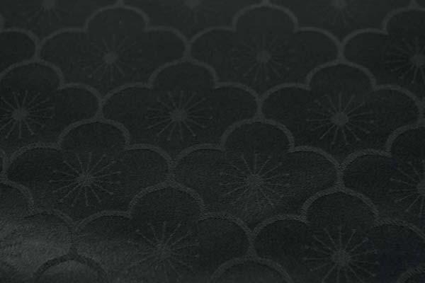 サテンジャガード 梅の柄 黒