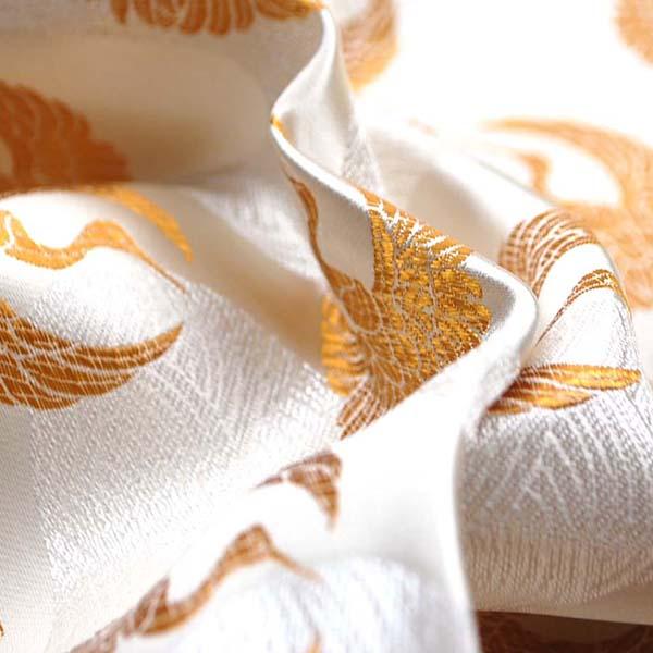 サテンジャガード 鶴に流水 オフ(生成)×ゴールド