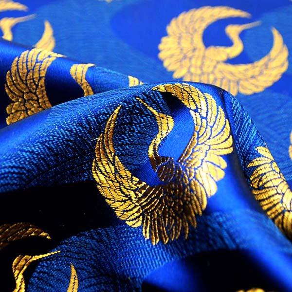 サテンジャガード 鶴に流水 紺(群青色)×ゴールド