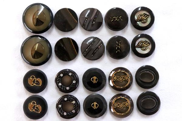 メーカー廃番品 ヴィンテージ ジルコニア入 アンティークボタン ダークブラウン系1 (23~30mm10組 20個)