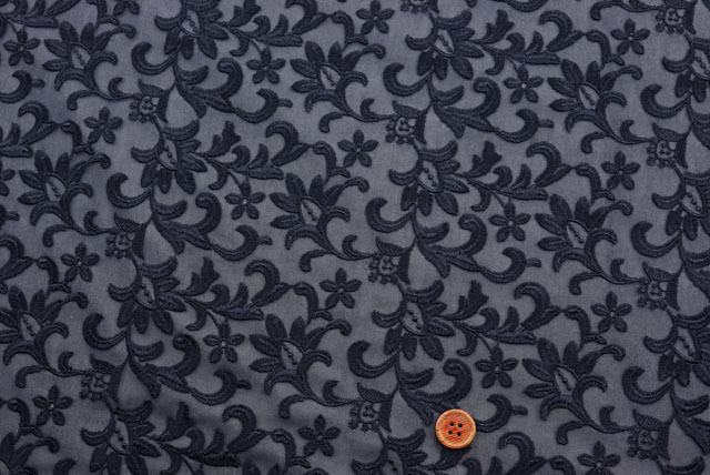 イタリア製カット刺しゅうレース生地 濃紺 【50cm単位】(la636)