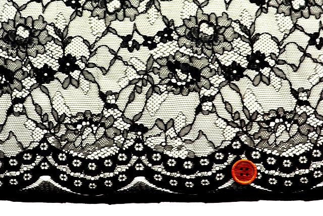 ラッセルレース生地 花柄 黒 【50cm単位】(la658)