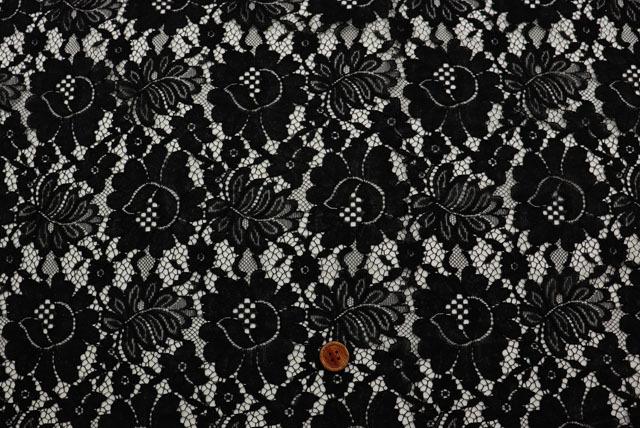 両側スカラップのラッセルレース生地(ニット生地ではありません) 花柄 黒 【50cm単位】(la665)