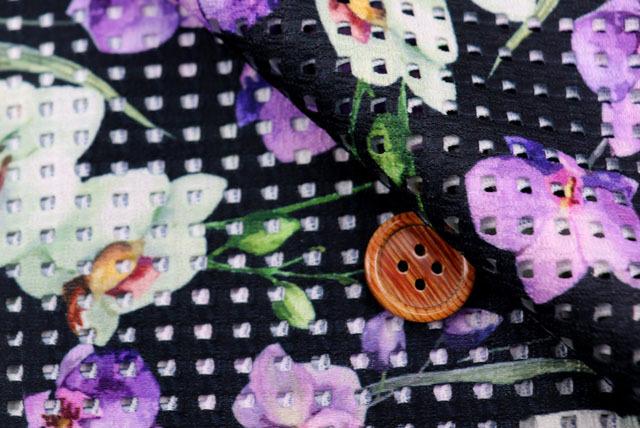 ストレッチレーシーニットプリント生地 濃紺×紫・グリーン 【50cm単位】 (la700)