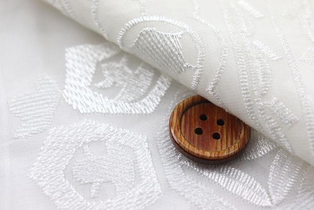 シフォン刺しゅうレース生地(ニット生地ではありません) 白 【50cm単位】 (la701)
