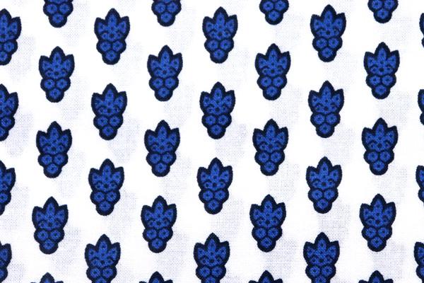 SOULEIADO ソレイアード ラ・プティ・ムーシュ 白地に紺の花