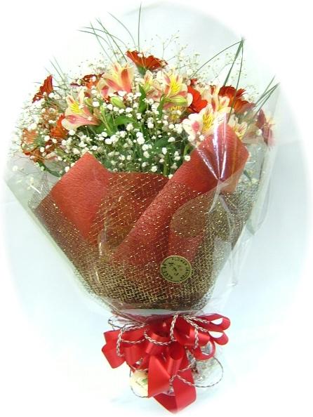 おしゃれレッド3,000円-花束 ネット特価!