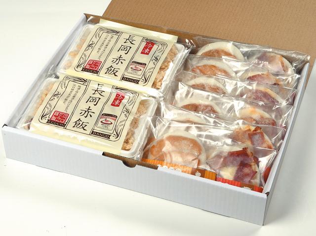 だんご屋PIZZA(みたらしベーコン味3個・キーマチーズカレー3個)と長岡赤飯