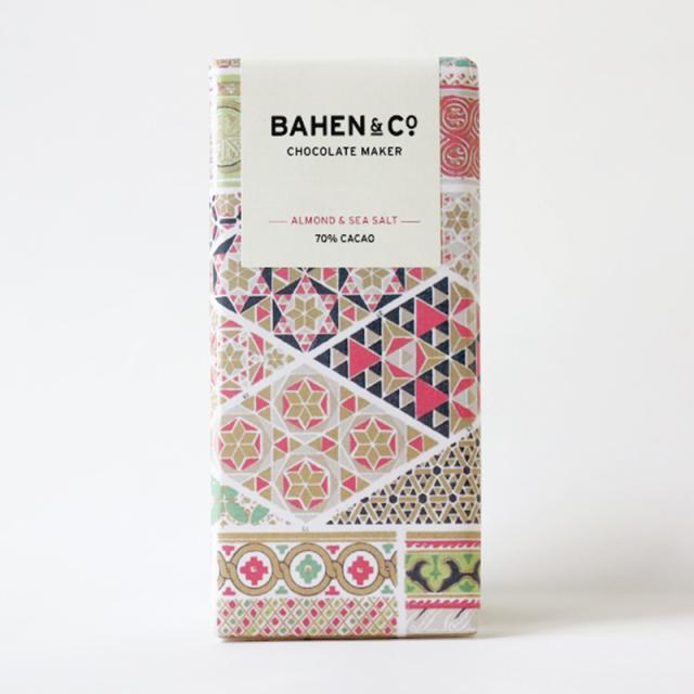 BAHEN & Co. 70% アーモンド&シーソルトダークチョコレートバー