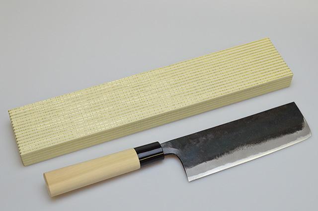 【和泉利器製作所】堺菊龍 黒打菜切庖丁 180mm