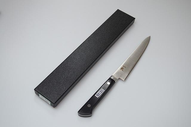【伊野忠刃物製作所】一鉄 ペティナイフ 150mm モリブデン鋼