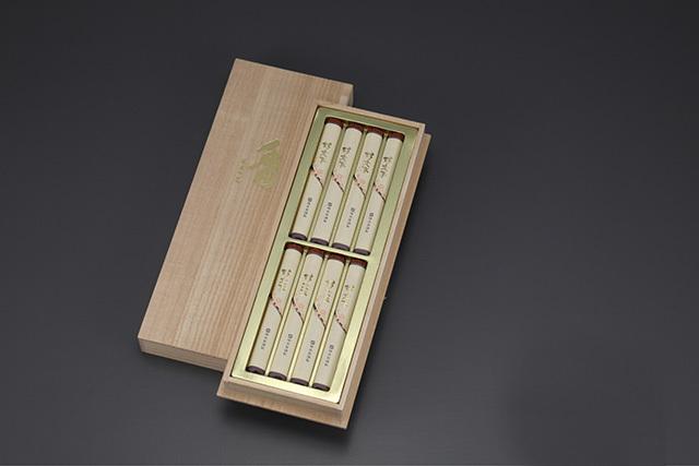 【梅栄堂】好文木短寸小把 8把入桐箱