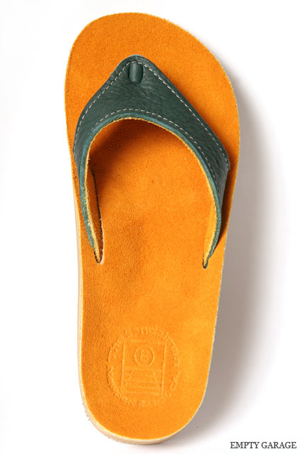 The Sandalman 501Narrow Green Bullhide/Gold Suede