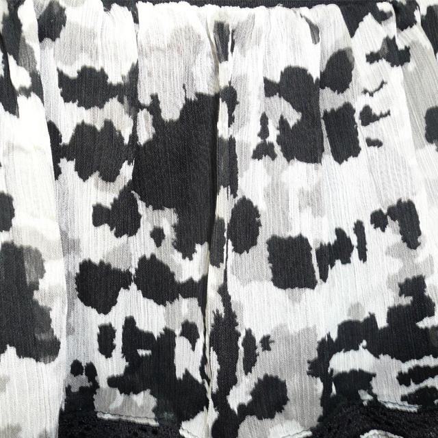 迷彩柄シフォンスカート(黒)とUVカットタンクトップ セットアップ