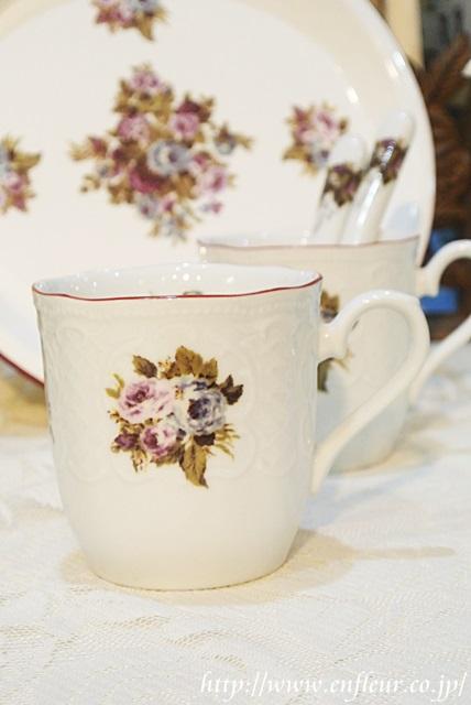 マニー ブルーローズ陶器 マグカップ
