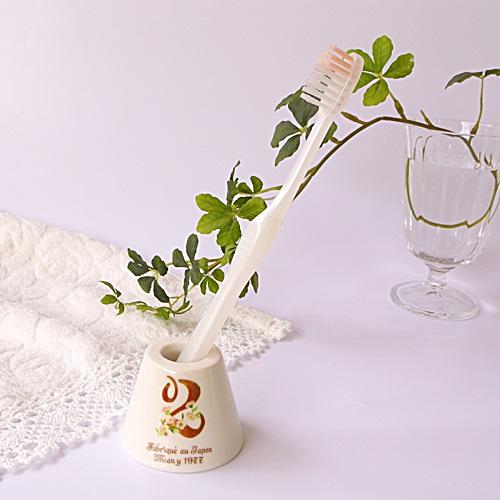 マニー ノンブル 陶器 ハブラシスタンド ピンク・2