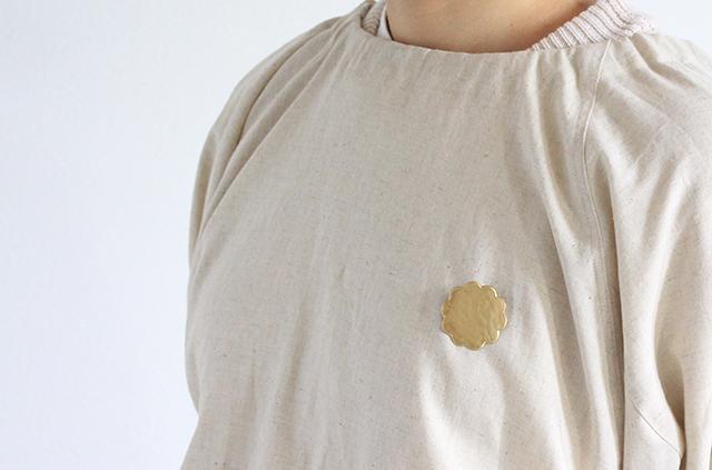 岩谷堂箪笥 真鍮 しんちゅう ゴールド ブローチ