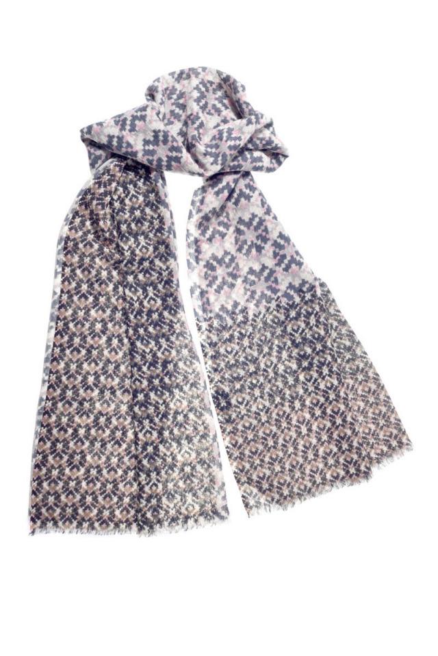 Folklore Danish Small Motif デンマークの伝統衣装柄  GW1760*ナチュリラ掲載*