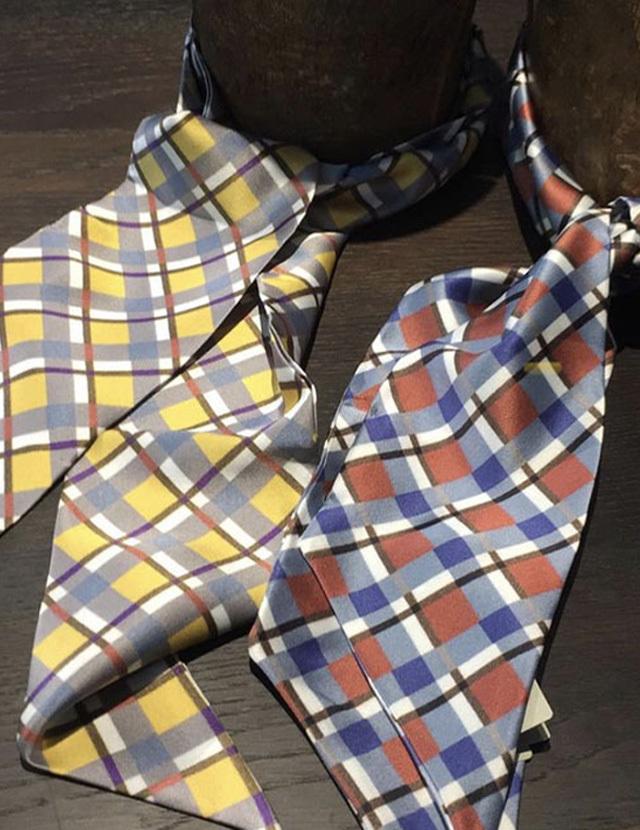 [CULTURE] NORDIC CHECKS 北欧のチェック柄 *ツイリー型* シルクスカーフ LW2040