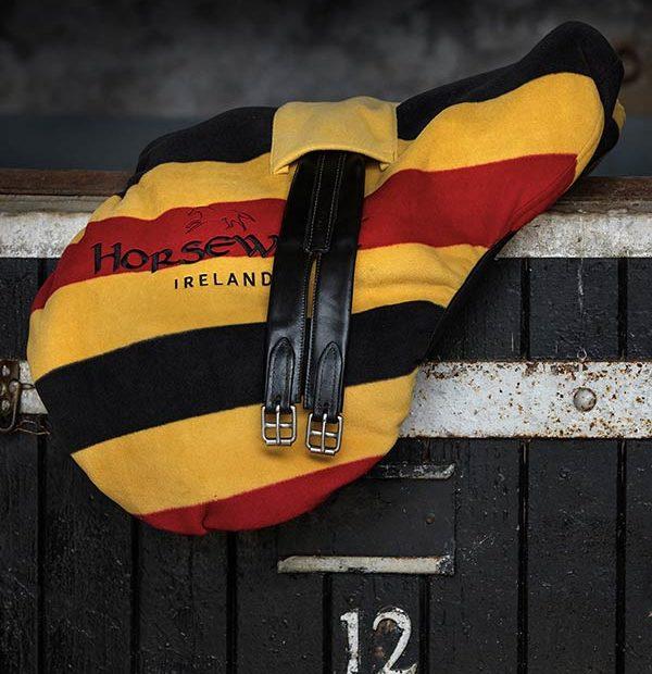 ● NEW !! ● HORSEWARE Delaxe Saddle Cover(ホースウエア・デラックスサドルカバー)