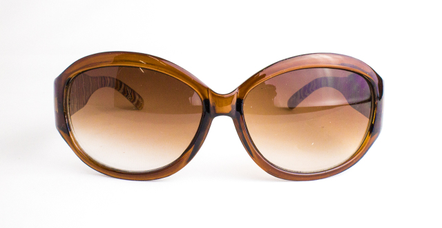 ES603-1(Frame:Clear Brown/Lens:Brown Gradation)