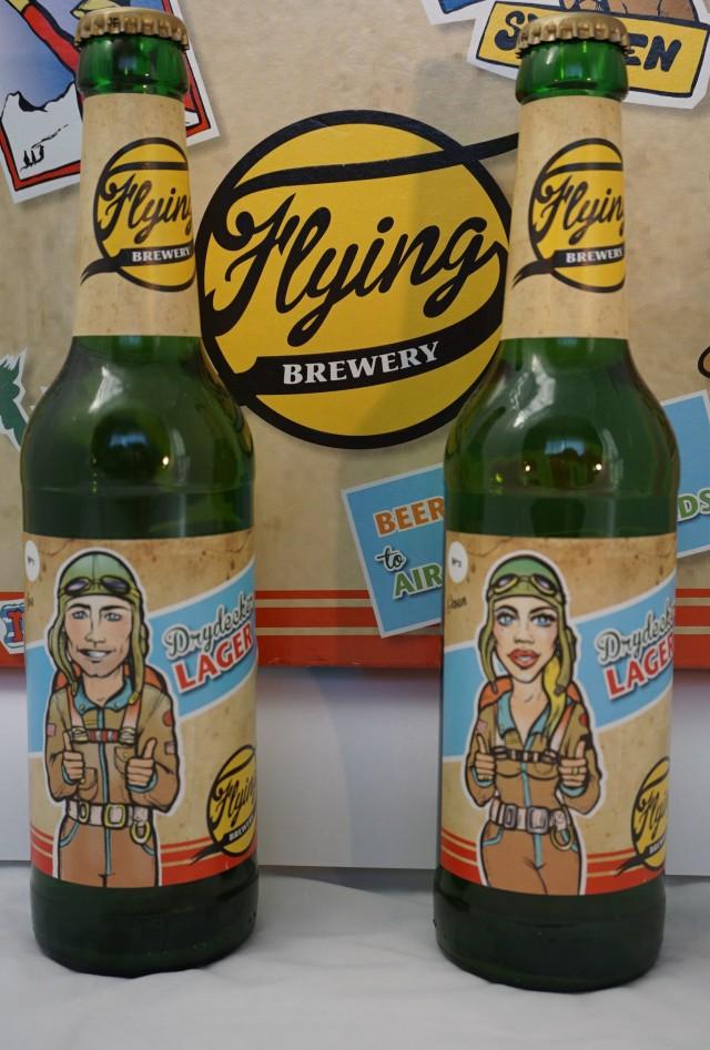 フライングブルワリー・ドライデッカーラガー Flying Brewery Drydecker LAGER 330ml 12本セット