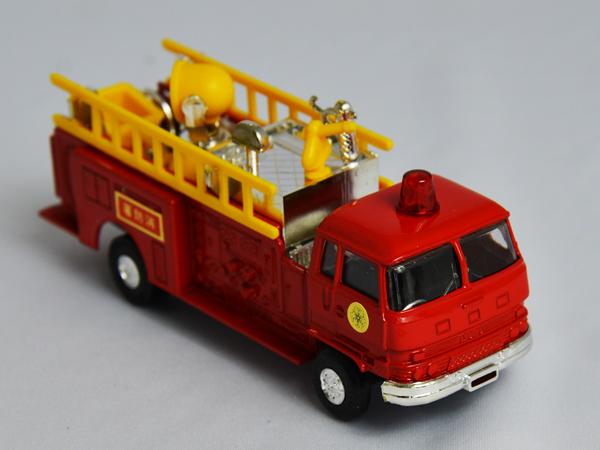 gr-914toc 【限定コレクター商品】Daiapet いすゞ 化学消防車(ヨネザワ ダイヤペット)