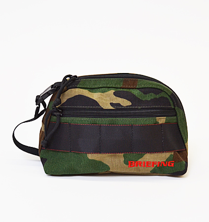 BRIEFING B SERIES ROUND POUCH WOODLAND CAMO