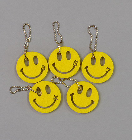 W SMILEY WS18006 Smile Number Charm