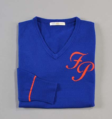 Fairy Powder FP18-6105 Women's V-Neck Sweater Blue